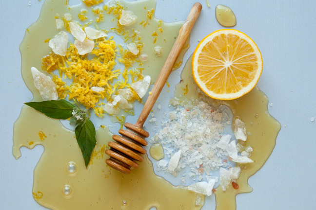 lemon-and-honey-scrub