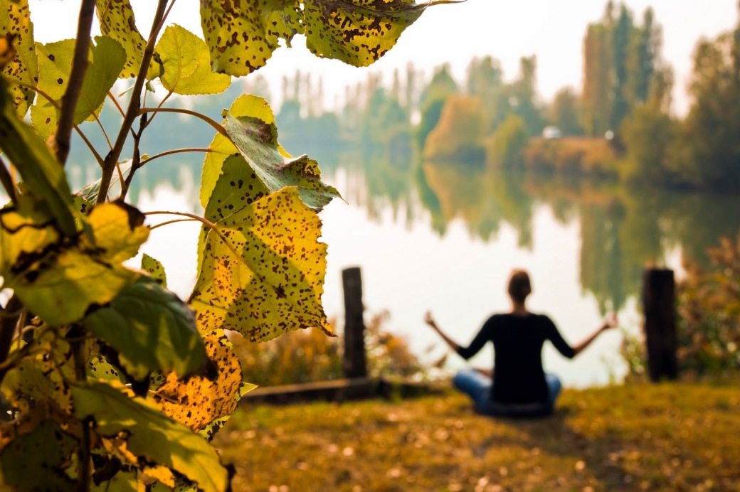 Yoga-autumn